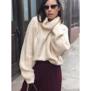 Sweaters - 🆕Kenna Cream Oversized Turtleneck Sweater